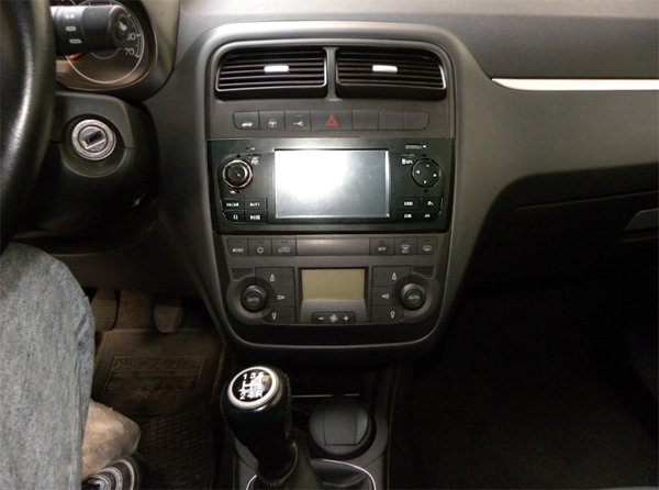 fiat grande punto autoradio 5 touchscreen bt usb sd gps dvb t fgp. Black Bedroom Furniture Sets. Home Design Ideas